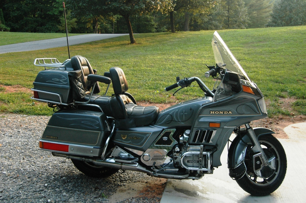 Www Supratrucks Com Pictures 84 Gold Wing